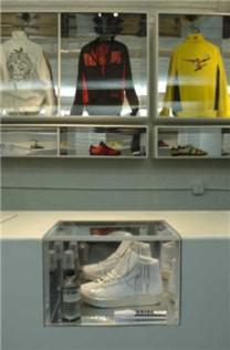 AdidasChinatown2.jpg